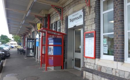△ティンマス駅の入り口.jpg