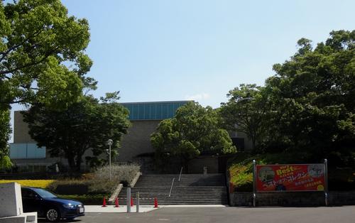 □美術館外観.jpg