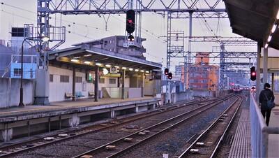 □6岸の里玉出駅.jpg
