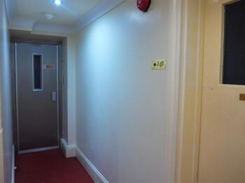 ▲ホテルの廊下.jpg