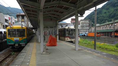 ○宇奈月駅ホーム.jpg