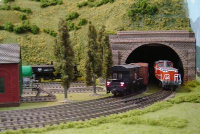 右トンネル出口_2.jpg