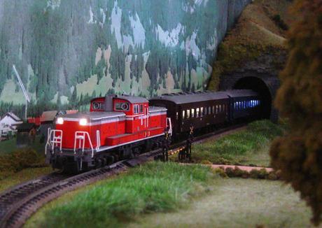 客車列車室内灯JPEG_3.jpg