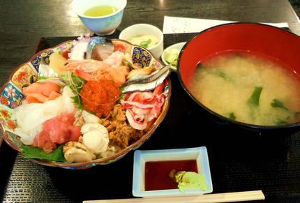 魚啓海鮮丼.jpg
