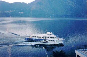 19900910コモ湖船.jpg